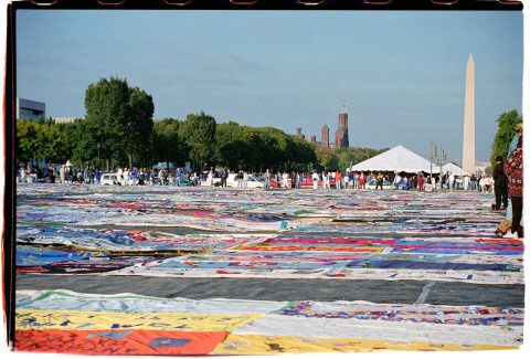 AIDS Memorial Quilt, 1996 [On the Mall #26]. Brent Pruitt. 35mm photograph, 1996